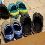 足のくさい人必見!ゴシゴシ洗い不要で靴の雑菌とニオイを簡単にとる靴洗い法