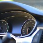 レンタカーでスマホ音楽を簡単に聴く一般的な方法と関連知識 【CAR音楽①】