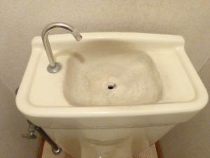 トイレタンク01