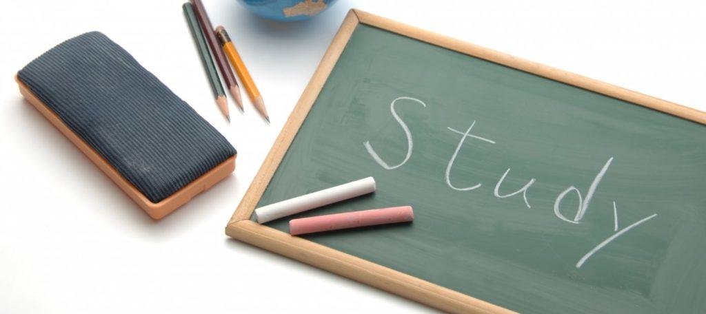 勉強と黒板