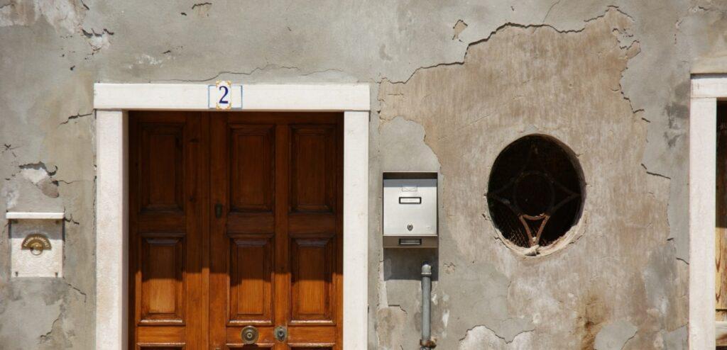 イタリアのドア